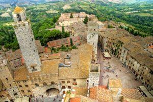medieval-tuscany-town-san-gimignano