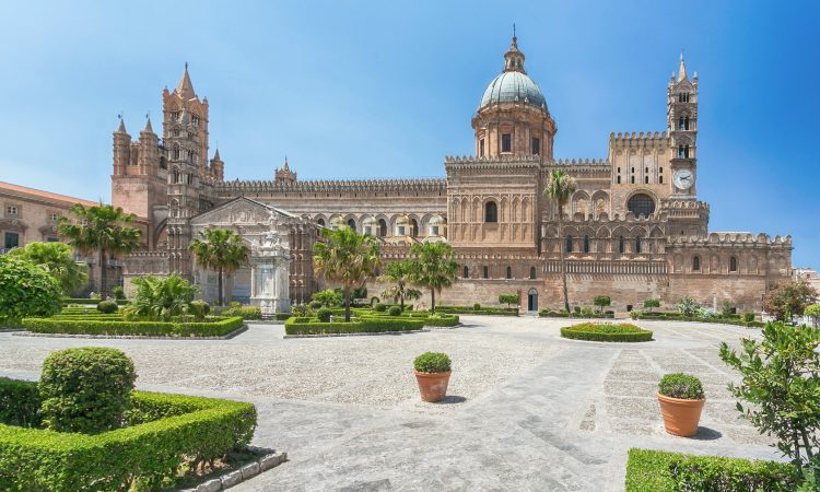 DISCOVER THE NEW AND OLD SICILY